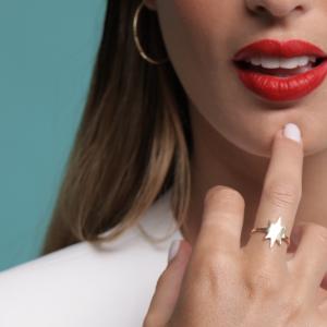 טבעת שושנת הרוחות - זהב צהוב 14K