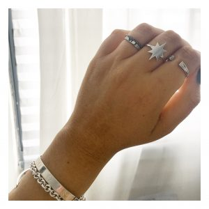 טבעת שושנת הרוחות - זהב לבן 14K