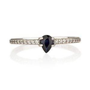 טבעת ספיר טבעית דארק בלו  - זהב לבן 14K