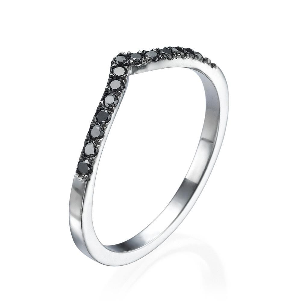 טבעת יהלומים שחורים V - זהב 14K